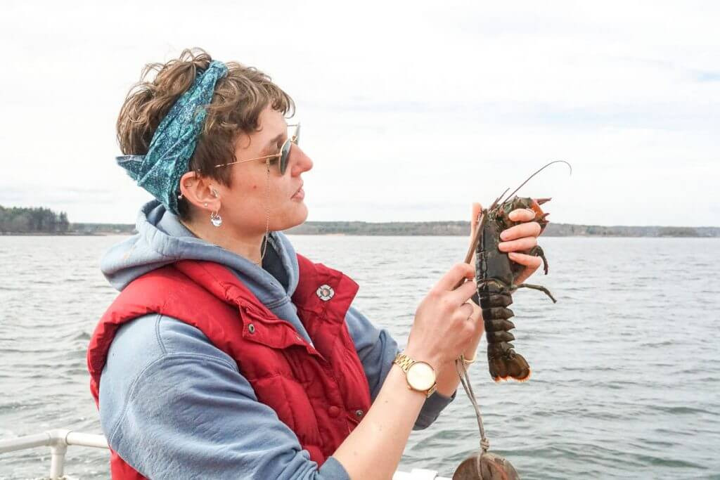 On this Portland Maine boat ride, you'll learn how to use a lobster gauge when fishing for lobster in Casco Bay.