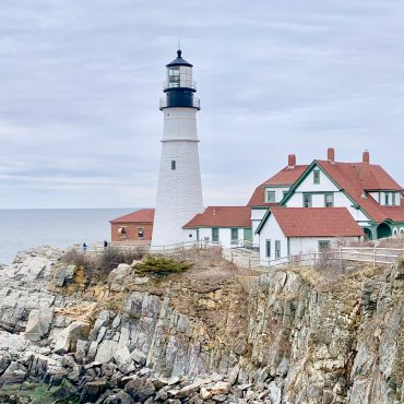 An Easy Way to Explore Portland: Portland Explorer City and Lighthouse Tour