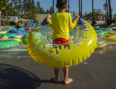 | The Best Things to Do in Buena Park CA with a Child featured by top US travel blogger, Marcie in Mommyland