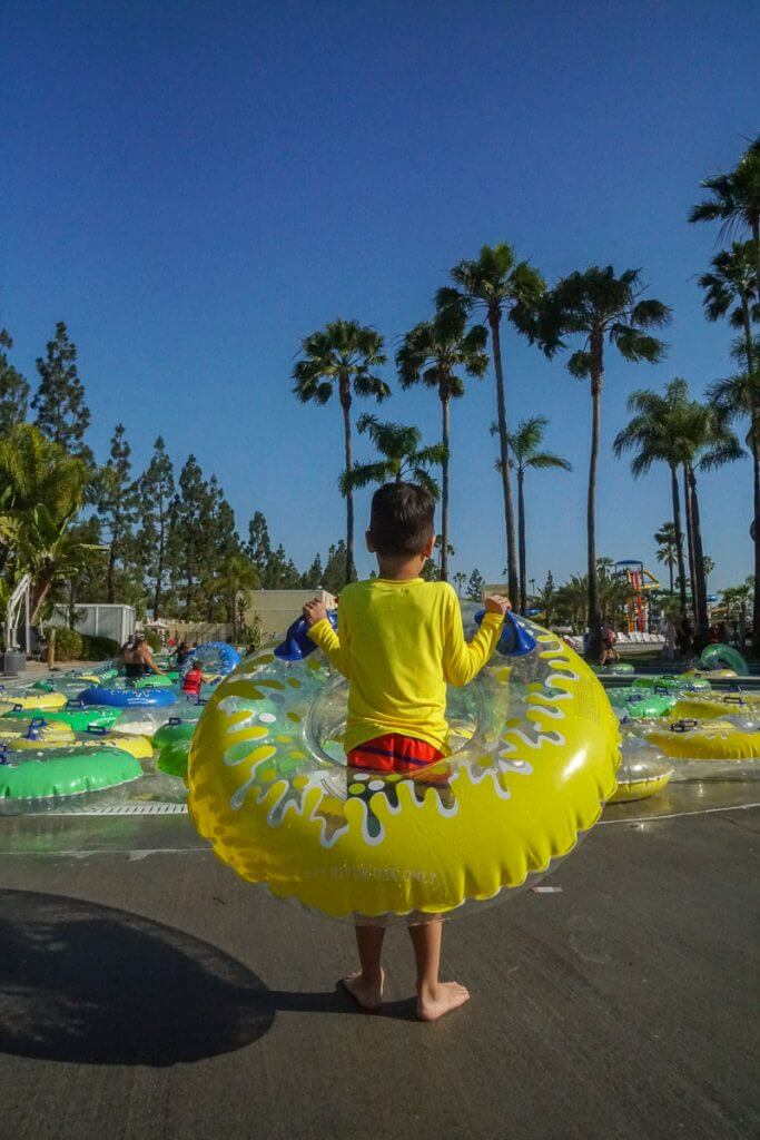 Find out how to get discount Knott's Berry Farm Soak City tickets to save your family money at this Orange County water park.