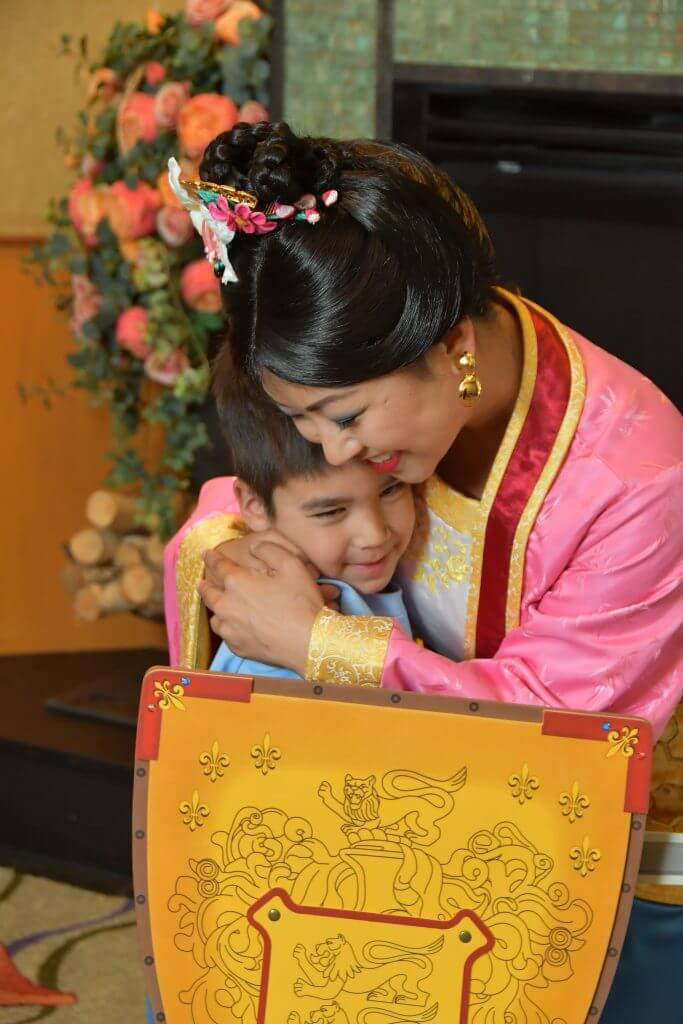 You'll get free Disney PhotoPass photos of your meet and greet with Mulan and the Disney Princess Breakfast Adventures at Disneyland.