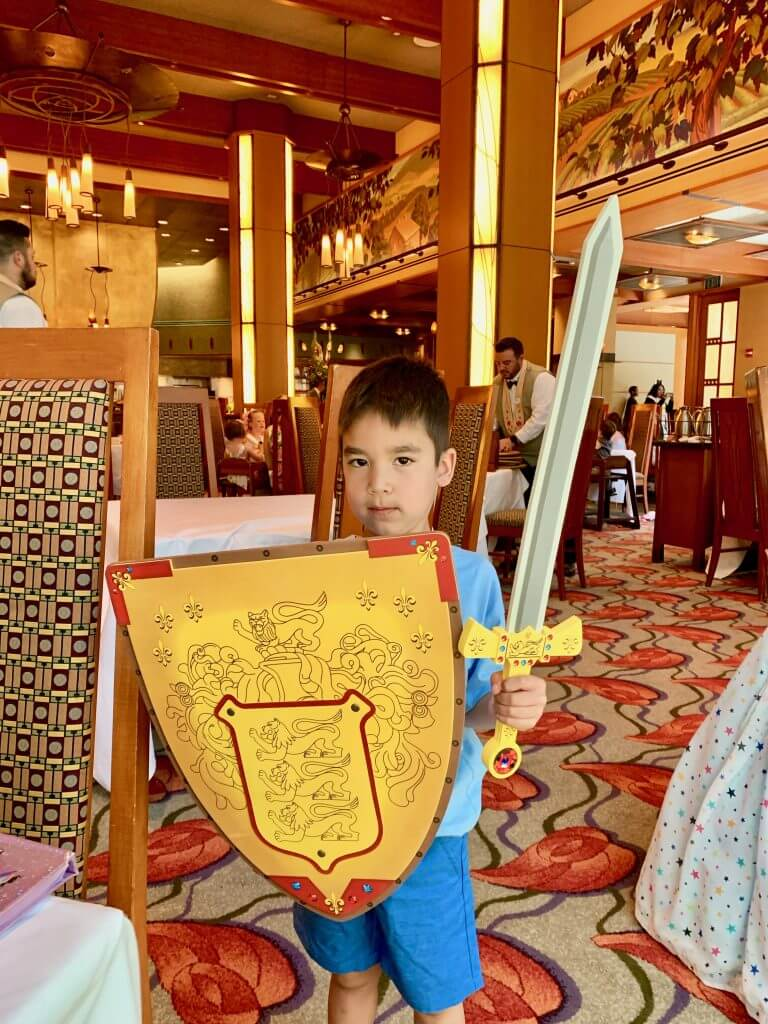 At the end of your meal, kids can choose either a necklace or sword as a special present at the Disneyland princess breakfast.