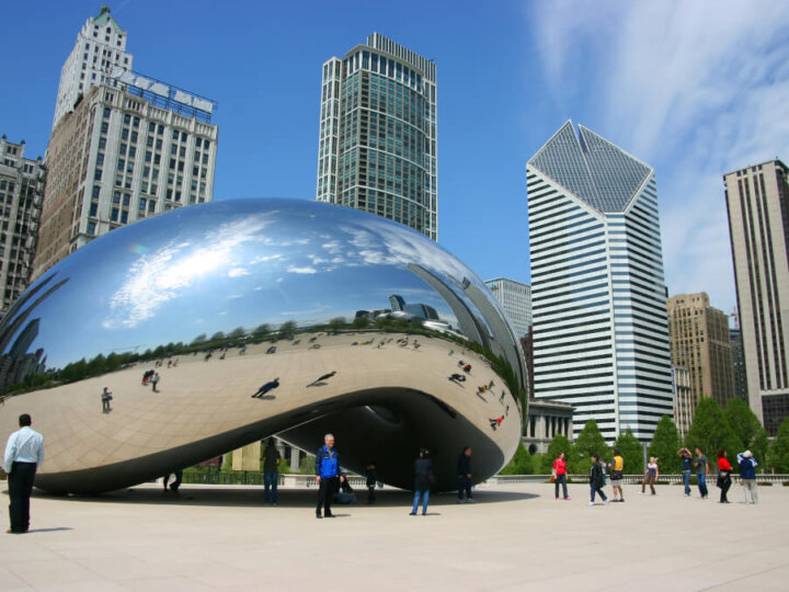 Find out the best kids activities in Chicago for your next family vacation | .Top 10 Kids Activities in Chicago featured by top US travel blogger, Marcie in Mommyland