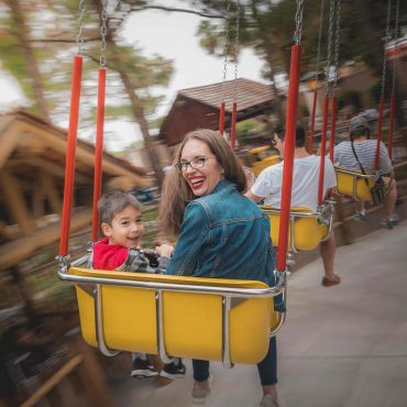9 Best Spots for Knott's Berry Farm Pictures