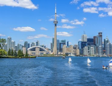 Top 10 Toronto Family Activities You Need to Visit on your Next Family Vacation featured by top US travel blogger, Marcie in Mommyland