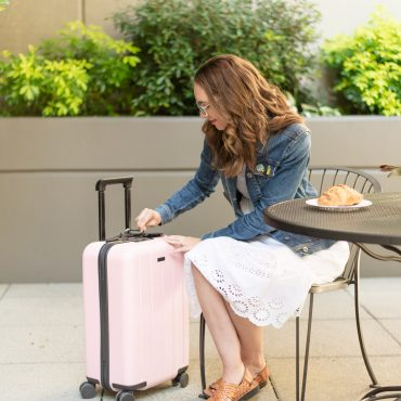 Chester Luggage: The Best Luggage Set for Your Family Vacation
