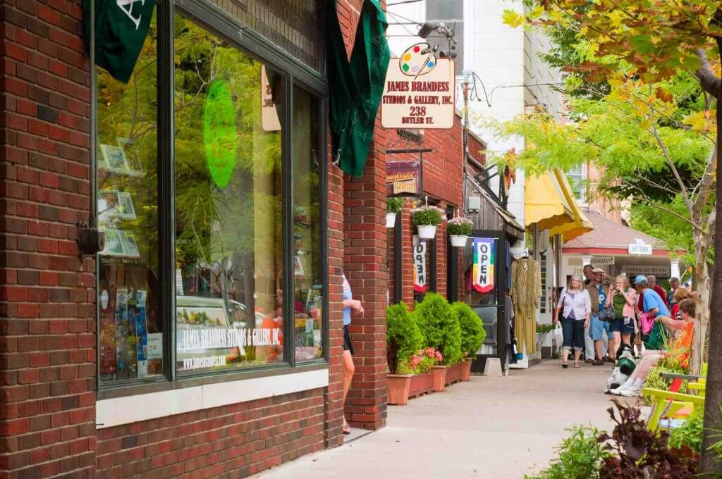 Saugatuck, Michigan is a cute fall getaway.