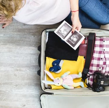 Hacks and Tips for Traveling While Pregnant