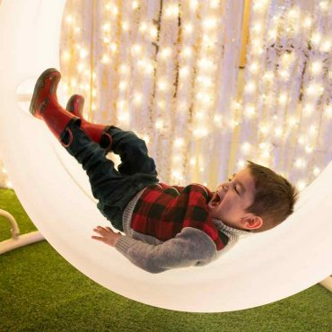 Lumaze Indoor Light Festival: Lost in Lights is the Newest Seattle Christmas Event