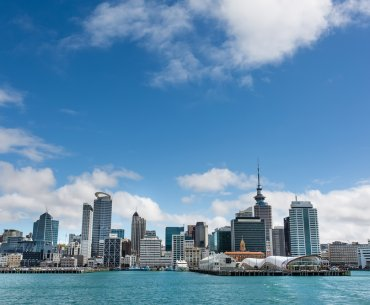 Top 10 Things to Do in Auckland with Kids featured by top family travel blogger, Marcie in Mommyland: Auckland, New Zealand - the largest and most populous urban area in the country
