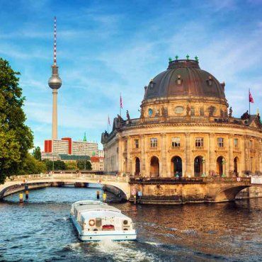 Germany on a Budget: 4 Top Travel Tips for Planning a Trip to Germany on a Shoestring
