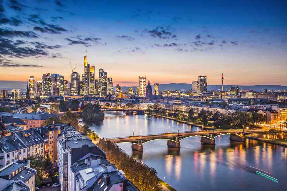 Germany on a Budget: 4 Top Travel Tips for Planning a Trip to Germany on a Shoestring featured by top family travel blogger, Marcie in Mommyland: Frankfurt, Germany at the Cathedral.