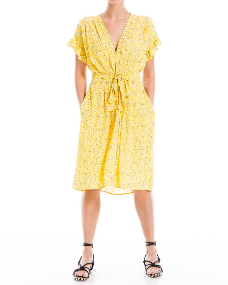 Wantable Style Edit Unboxing & Try On: July 2020 featured by top Seattle lifestyle blogger, Marcie in Mommyland: image of Ruffle Sleeve Floral Tie Waist Dress in Sunshine