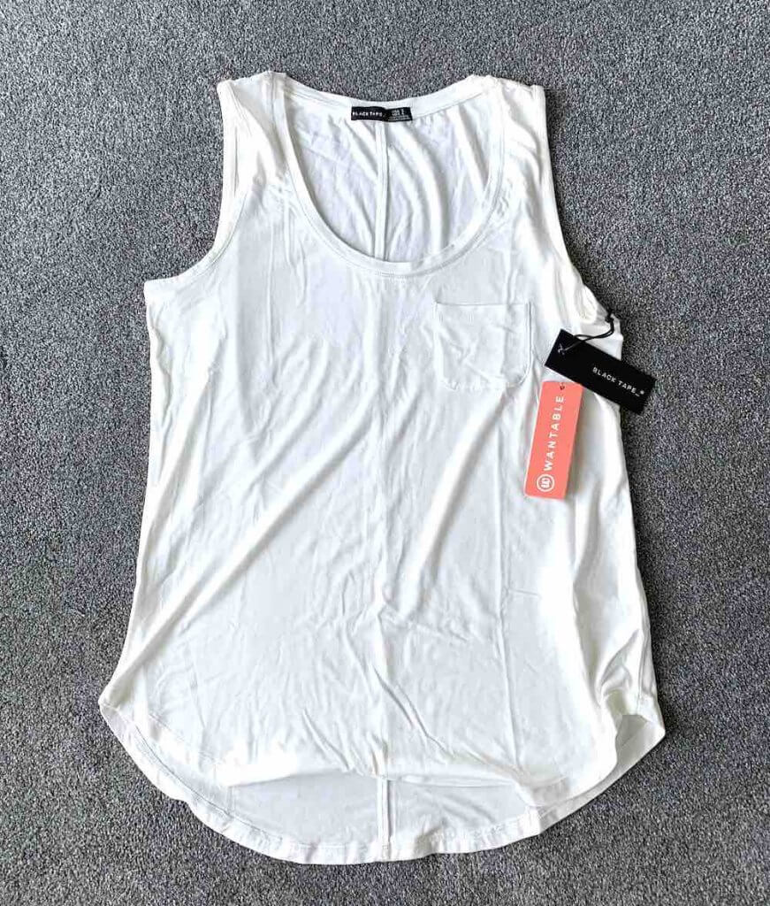 Wantable Style Edit Unboxing & Try On: August 2020 featured by top Seattle lifestyle blogger, Marcie in Mommyland: image of Lurex Trim Pocket Tank