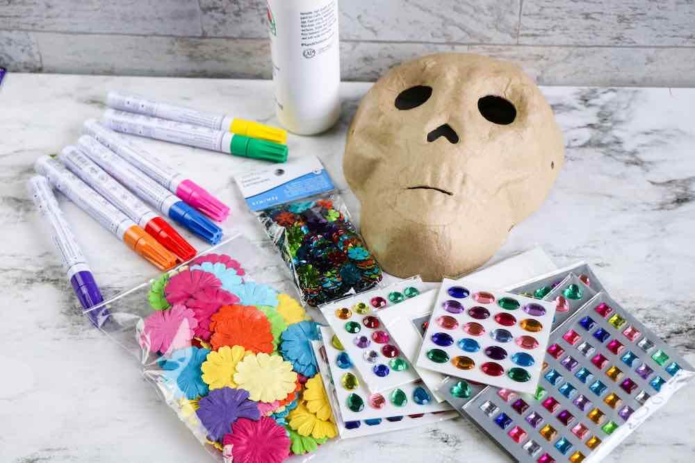 Dia de los Muertos Project for Kids: Sugar Skull Craft featured by top Seattle lifestyle blogger, Marcie in Mommyland