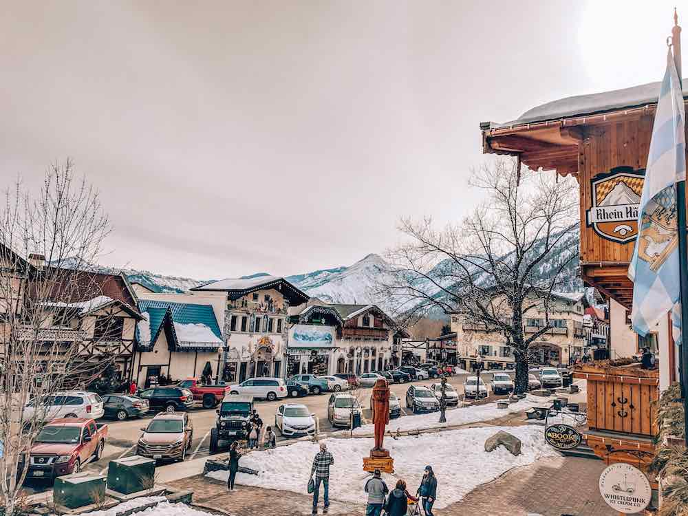 Best Winter Weekend Getaways from Seattle featured by top Seattle travel blogger, Marcie in Mommyland: Image of Leavenworth in Winter