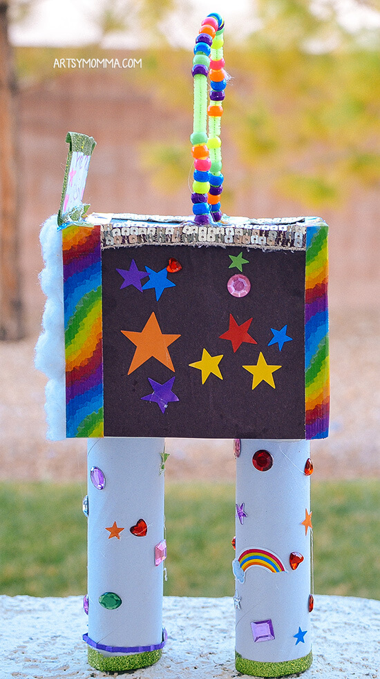 Get these leprechaun trap ideas for first graders. Image of a leprechaun trap that looks like a space shuttle.